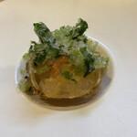 Ajinoshuuka - 毛蟹の菊花和え 葉山葵白醤油
