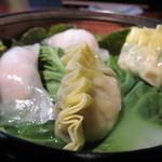 シューシノア - エビしそ餃子、ニラ餃子