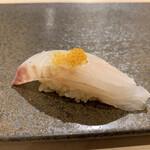Sushiamami - 天然平目に唐墨乗せ