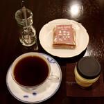 響 珈琲 - グァテマラ(500円)・絶品プリン+パウンドケーキ(600円)