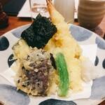 蕎麦五反 - 天ぷら盛り合わせ