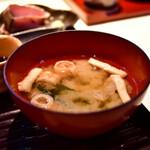 和食とお酒 きいろ - 【アジフライとエビのメンチカツ定食@1,200円】味噌汁