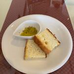 ラマーノディマルコ - 料理写真:フォカッチャ