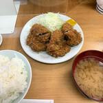 136487064 - 『ヒレカツ定食(大)』1250円