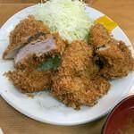 136487068 - 『ヒレカツ定食(大)』1250円