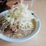 島系本店 - 大盛りヤサイマシ850円