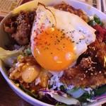 GB's CAFE - ロコモコ 850円