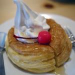 コメダ珈琲店 - 料理写真:ミニシロノワール~シロップがけ~☆