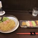 中国料理 龍亭 - 涼拌麺 1375円