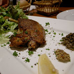 ベジラボ - フランス産ホロホロ鳥骨付きもも肉のコンフィ