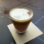 Fresco Caffe - 料理写真:ブルーベリーパンナカフェ