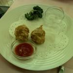 赤坂 四川飯店 - 鶏の唐揚げです。