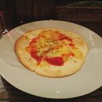Gecky - 赤ワインとピザ