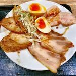 富川製麺所 - ちょい飲みセットのおつまみ