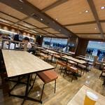 富川製麺所 - 店内の雰囲気