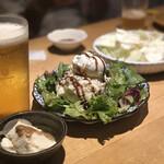 焼鳥 丸屋 - 料理写真:スモーク香るポテトサラダ ~半熟味玉のせ~