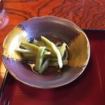 Kinzaemon - 食材が分からない。カンピョウかな?いや、山クラゲと言うらしい。シャキシャキの食感だった。