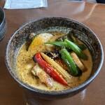 スープカレー チニタ - やわらかチキンと彩り野菜