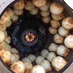 ヴァタニム - タンディールサムサ(窯の中)