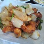 13657613 - 週替わりランチ エビと野菜の甘辛炒め