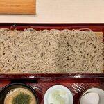 136570816 - とろろせいろ ¥630 の麺