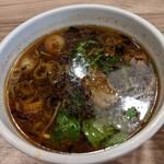 くじら食堂 - 特製つけ麺  醤油  つけ汁