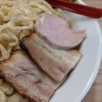 くじら食堂 - チャーシュー   鶏と豚バラ