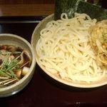 木田屋 - 肉汁ミックスうどん大盛り