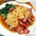 シンガポール海南鶏飯 - びっくりするほど麺が細い! 中国式チャーシューの、蜂蜜のような甘みがアクセントに