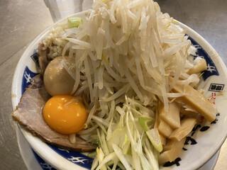 ラーメン 大 - 油そば(890円)+玉ねぎ(100円)、ニンニクコール
