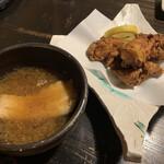 昭べえ - アラ汁・鶏の唐揚げ