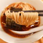 中華そば 閃 - 麺リフト