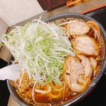 麺辰 - 【特製鶏中華】大盛り ¥880