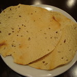 インド・ネパールレストラン&バー Sumunima(スムニマ) - パパド
