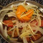 インド・ネパールレストラン&バー Sumunima(スムニマ) - マトンドゥピャジャ(タマネギベースのマトンカレー)