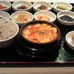 宮廷焼肉 千の花 - 純豆腐韓御膳