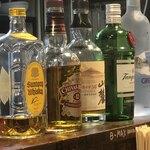 広尾のカレー - お酒も豊富