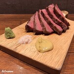 肉バルサンダー - いわて牛 シンタマ