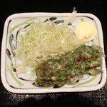 忍庭 - 【'12/05/22撮影】日替わり定食 500円 のちくわ磯辺揚げとサラダ