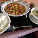 チャイナ天府 - 四川麻婆豆腐セット、花椒がついてくるので辛さたせますさ