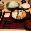 新宿とんかつさぼてん - 料理写真:ふんわり卵のかつ丼 熟成三元麦豚ロースかつ