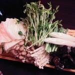 老麻火鍋房 - 野菜盛り