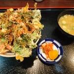 川瀬 - かきあげ丼(660円)