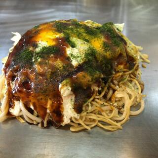 やまさ家 - 料理写真:お好み焼き 野菜・肉玉・ちゃんぽん麺W