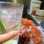 焼き鳥 加賀屋 - 焼酎水割り(きゅうり入りでメロン味!)