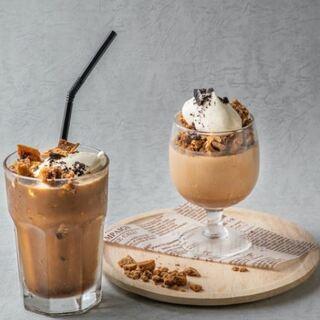 SNSで大人気の【ダルゴナコーヒー】がカフェメニューに!