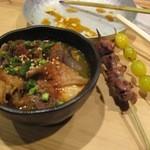 あぶりどり バリ鳥 - 串焼きともつ煮
