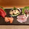 鮨 花喜 - 料理写真:刺身盛り合わせ 上 2000円  真鯛、〆さば、鮑酒蒸し、赤貝、まぐろ