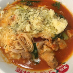 太陽のトマト麺 - 太陽のチーズラーメン(トマト麺) 麺L めん見せ