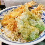 天ぷら てんちゃん - 海老天2本に大葉の天ぷら